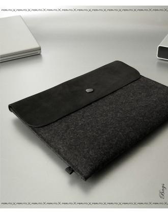 BLACK BASIC felt and leather iPad sleeve